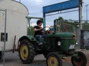 201205BauwagenTrifftEin2
